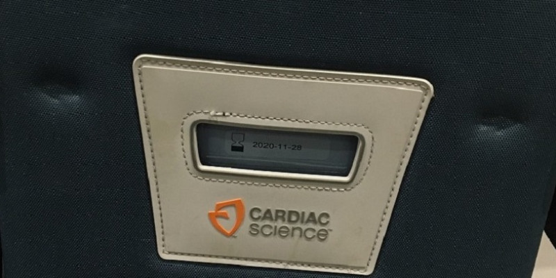 Defibrillator in the Swindome